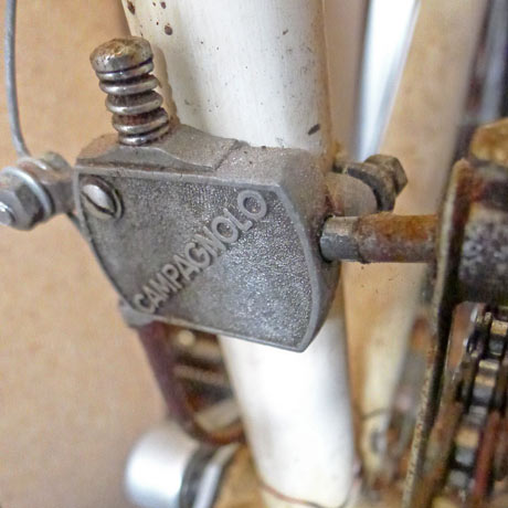 View of an old Campagnolo Gran Sport front dérailleur