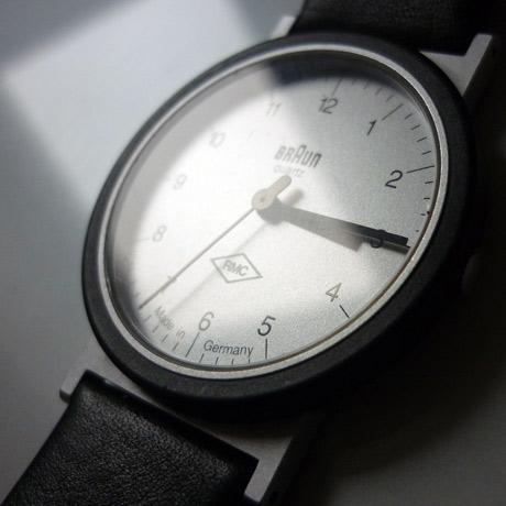 Photo of an AW10 Braun watch at an angle showing the strap and lugs